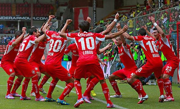 O futebol divertido é um dos perigos do Deportivo Toluca 86ec40c5b64c5