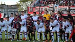 Foto de hoje: os 110 anos foram comemorados em amistoso com o time sub-20 do São Paulo, com quem as cores criaram amizade